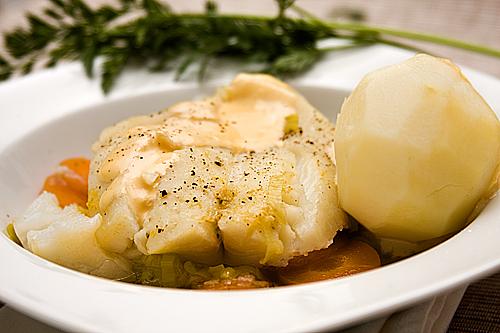 Filetes de pescado con verduras