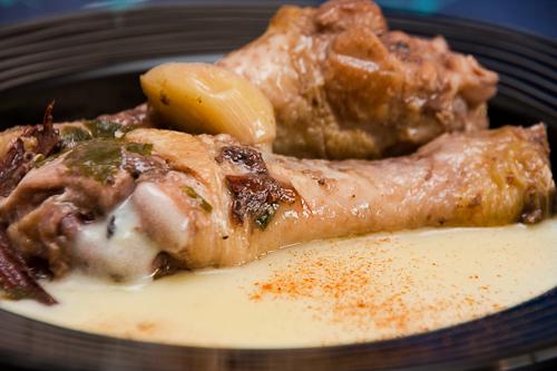 Pollo a la canela con puré de patatas