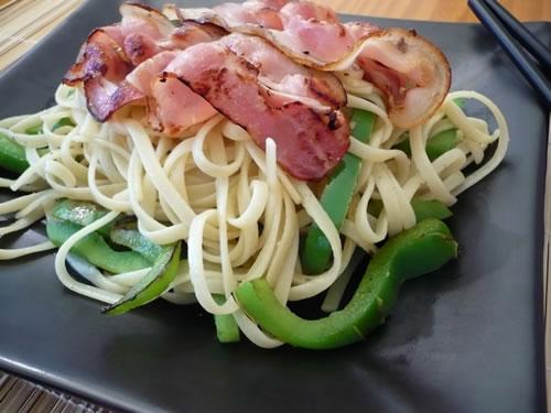 tallarines_bacon.JPG